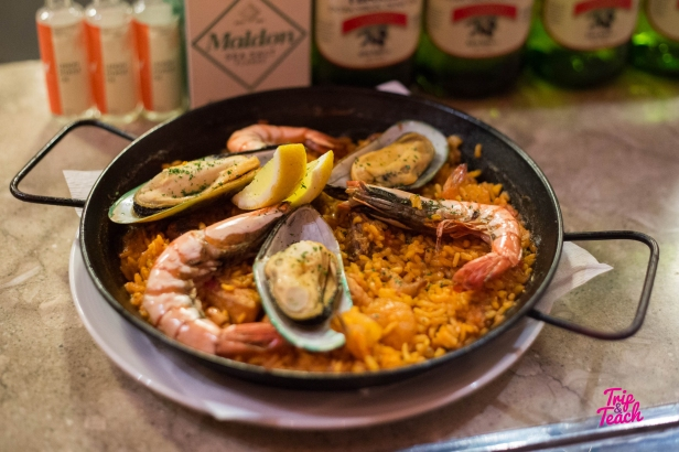 Traditional paella (fried rice) with chicken and seafood, 950 Baht